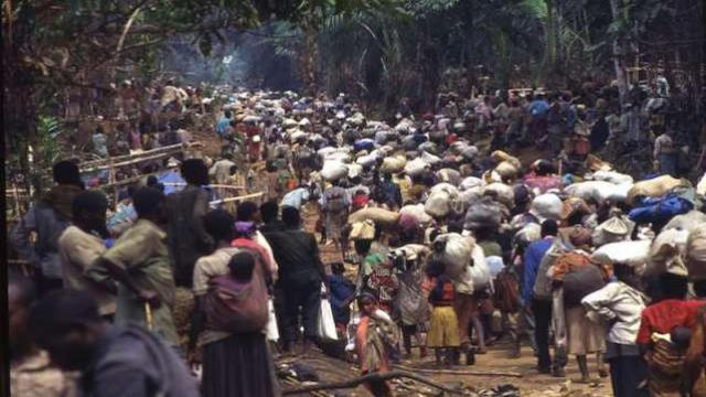 Rwandan Hutu refugees near Kisangani in 1997